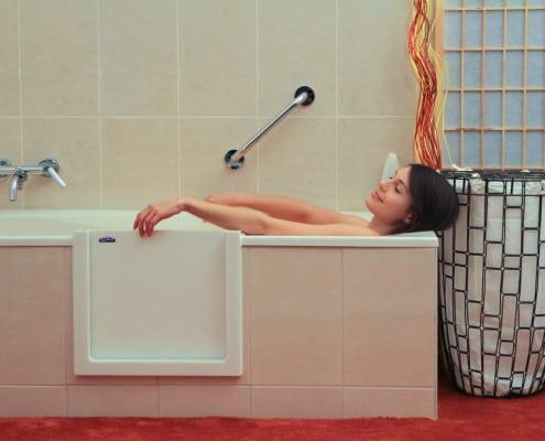 Découpe latérale de baignoire - Salle de bain